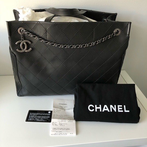 3f149583c752 CHANEL Handbags - Chanel Quilted Leather 31cm Small Shopping Tote